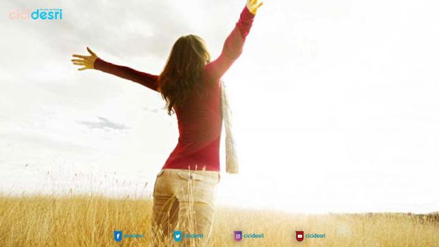 manfaat bangun pagi, cara agar hidup bahagia, manfaat olah raga, manfaat sinar matahari pagi, aktifitas di pagi hari