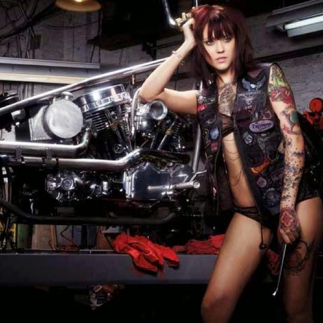Mercenary Garage: Workshop Girl
