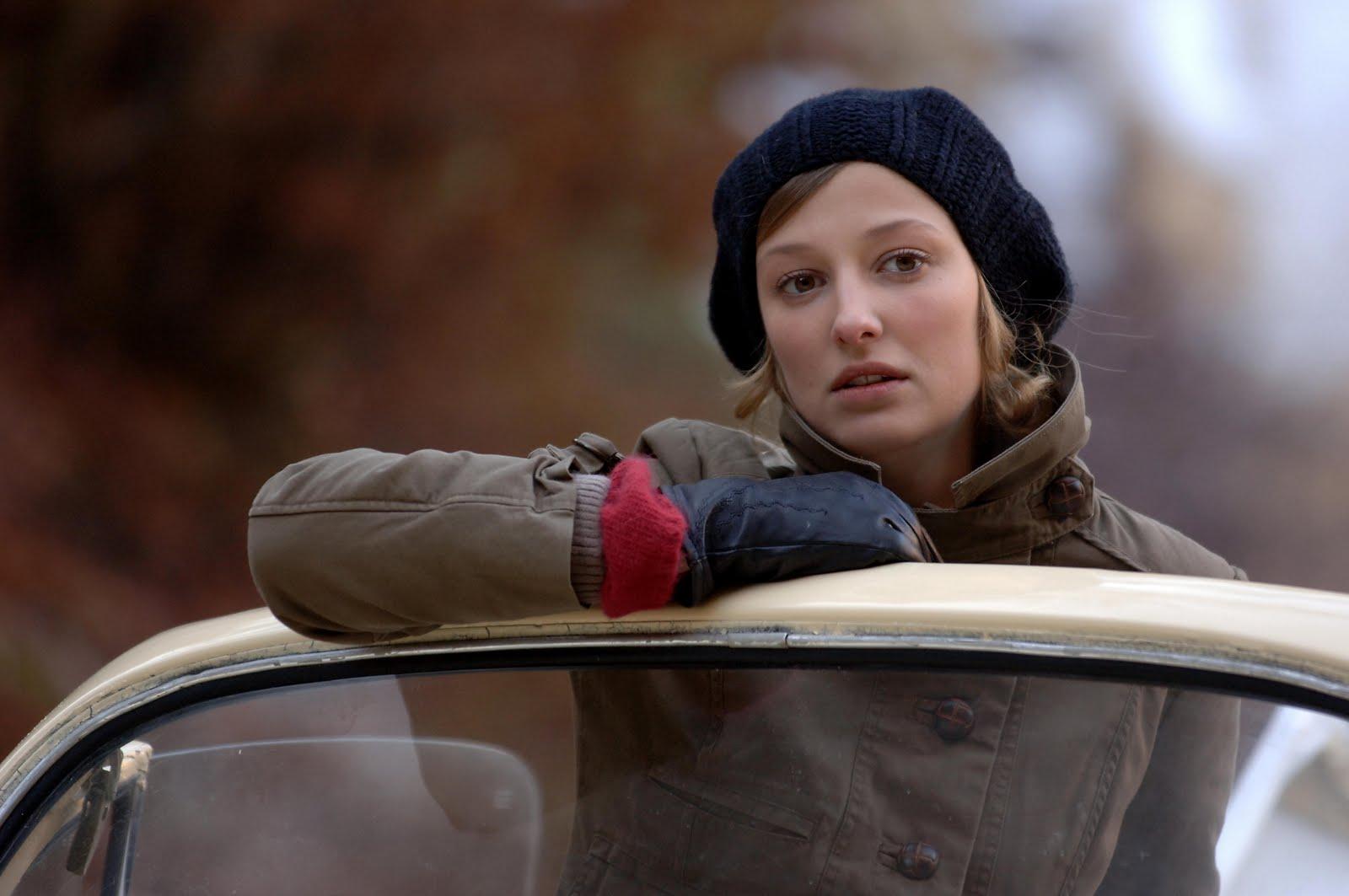 Rachelle And Cinema Crush On Her