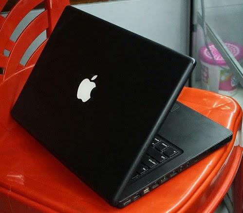 jual Macbook Black C2D bekas