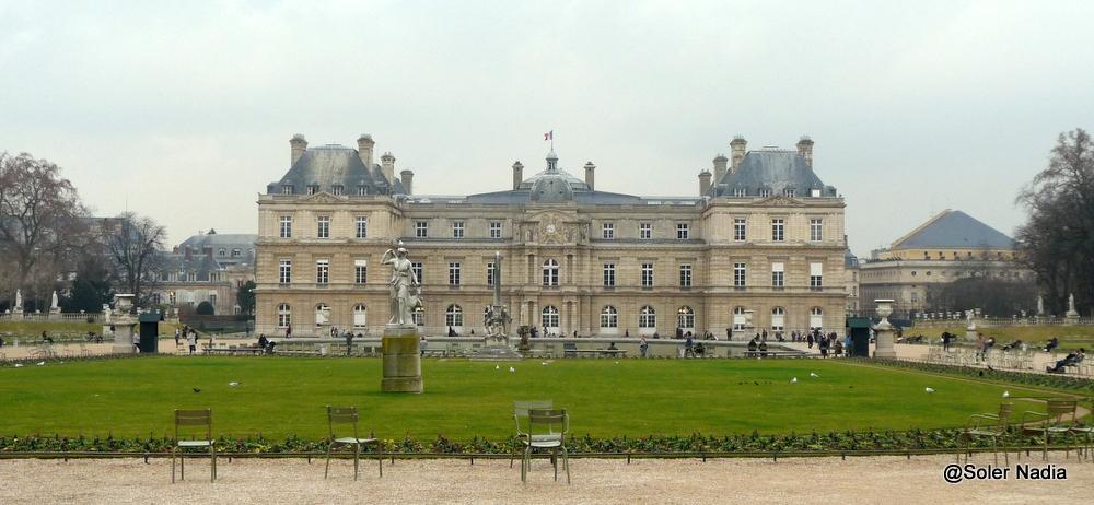 Promenade hivernale au jardin du luxembourg entre for Au jardin du port le palais