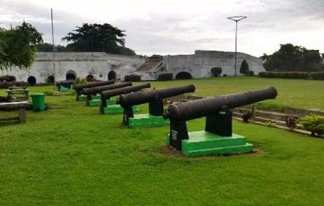 Meriam Benteng Marlborough