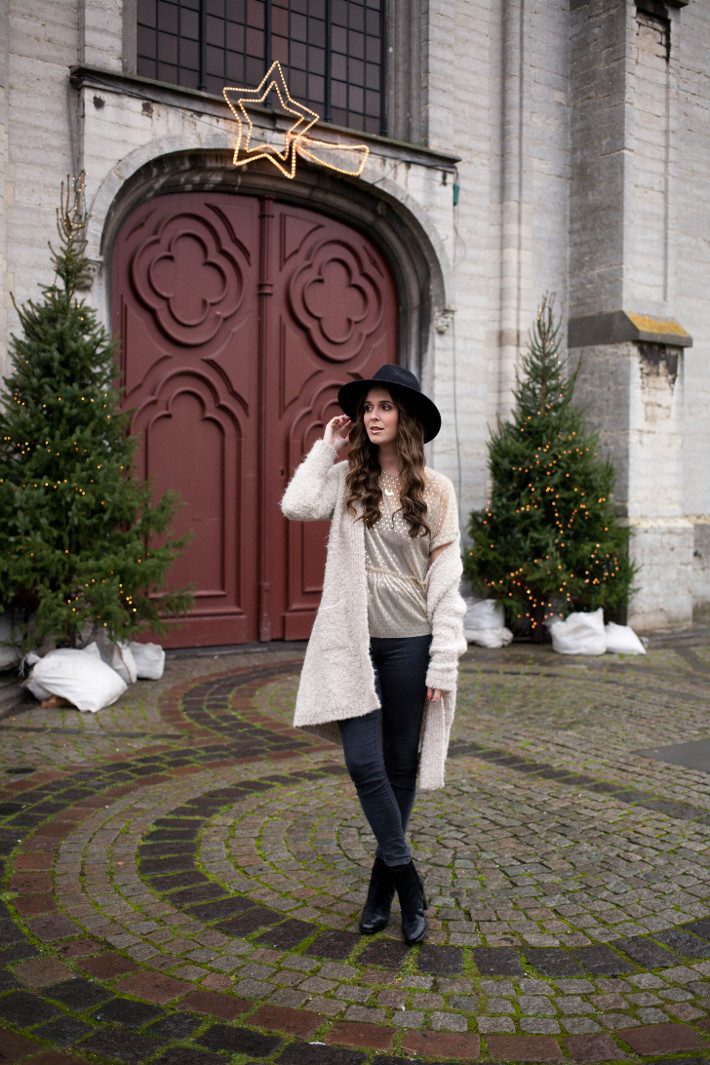wide brim hat, longline cardigan, peplum hem top