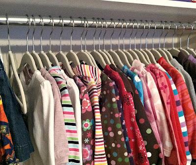 10 cara jimat masa melipat baju