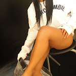 Andrea Rincon, Selena Spice Galeria 19: Buso Blanco y Jean Negro, Estilo Rapero Foto 73