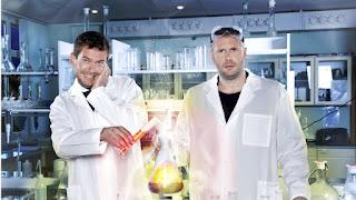 Alles stuk met StukTV in 'Professor Nicolai & Dr. Beckand'