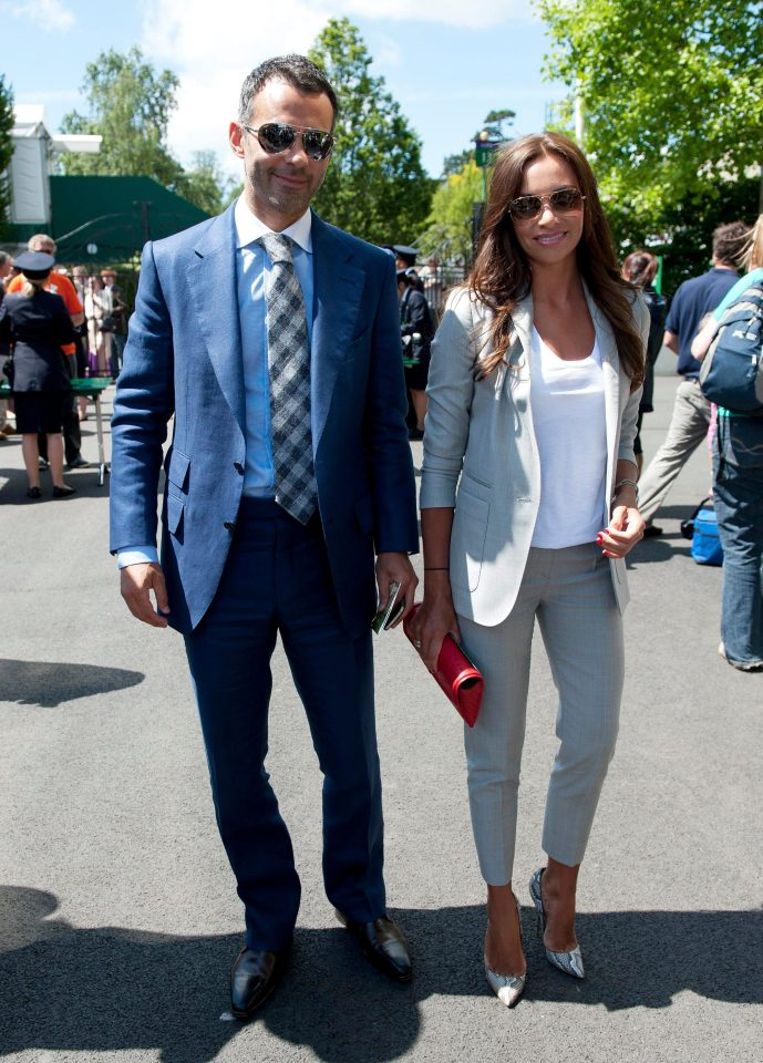Ryan Giggs and Mystery brunette
