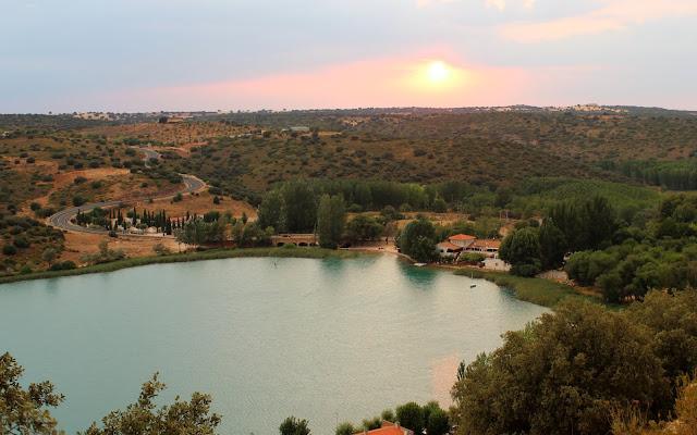 Lagunas de Ruidera. Mirador de las Canteras. Puesta de sol desde el mirador de las Canteras en Ruidera