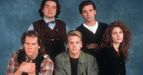 Vous reconnaîtrez peut-être Oliver Platt, William Baldwin, Kevin Bacon, Kieffer Sutherland, et une certaine Julia Roberts, casting de L'Expérience interdite - Flatliners, de Joel Schumacher (1990)