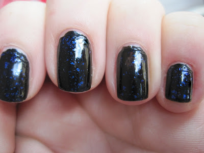 Nails Inc & Gossip Girl - The Serena Collection