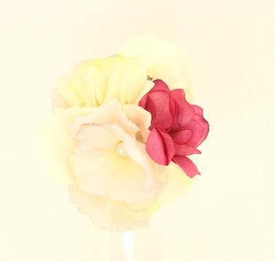 PV 2017 - Coleccion Basicas 26 Broche Tocado flor