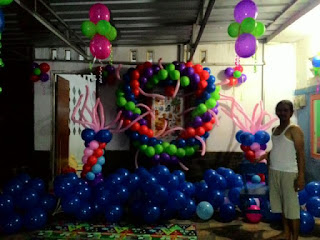 dekorasi balon bentuk love