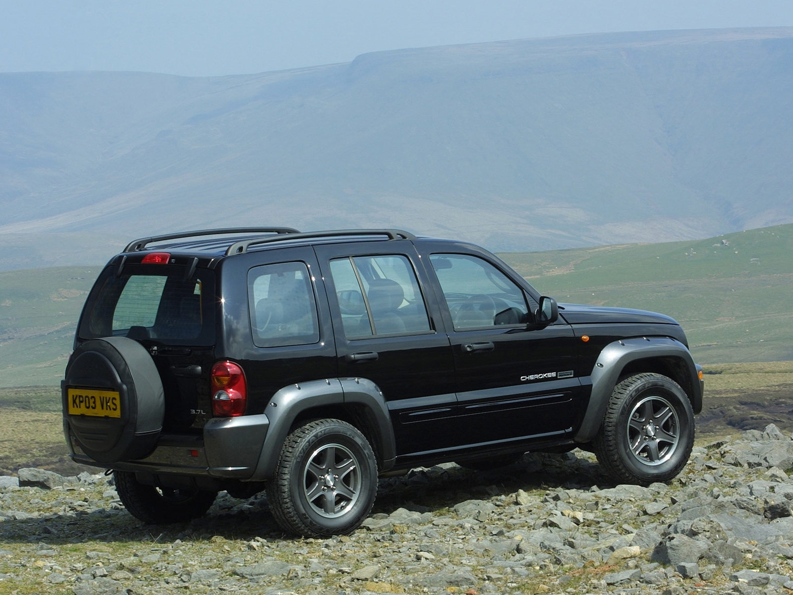 2003 JEEP Cherokee UK Version Pictures