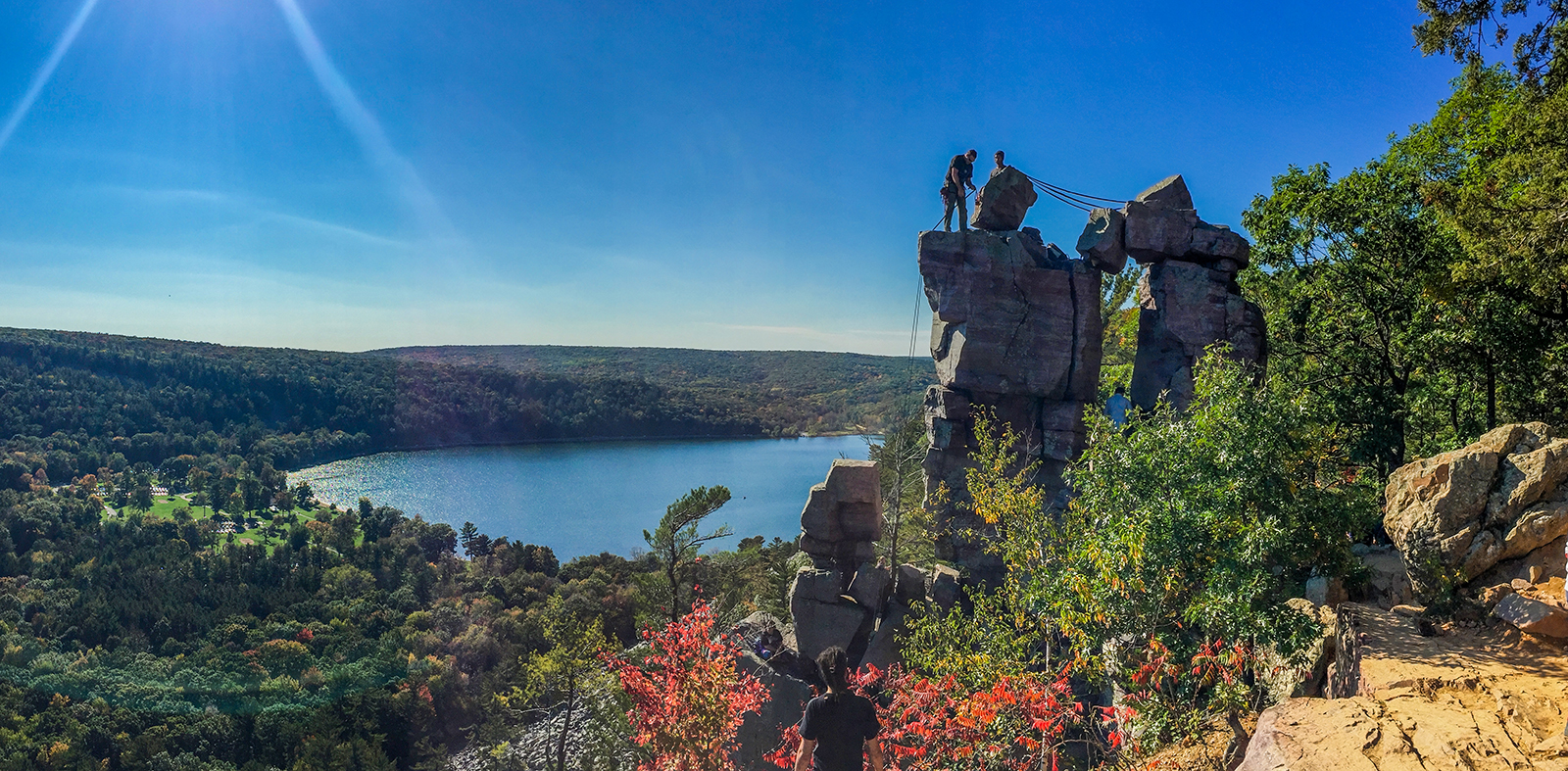 Wisconsin explorer hiking the ice age trail devils lake for Devils lake state park cabins