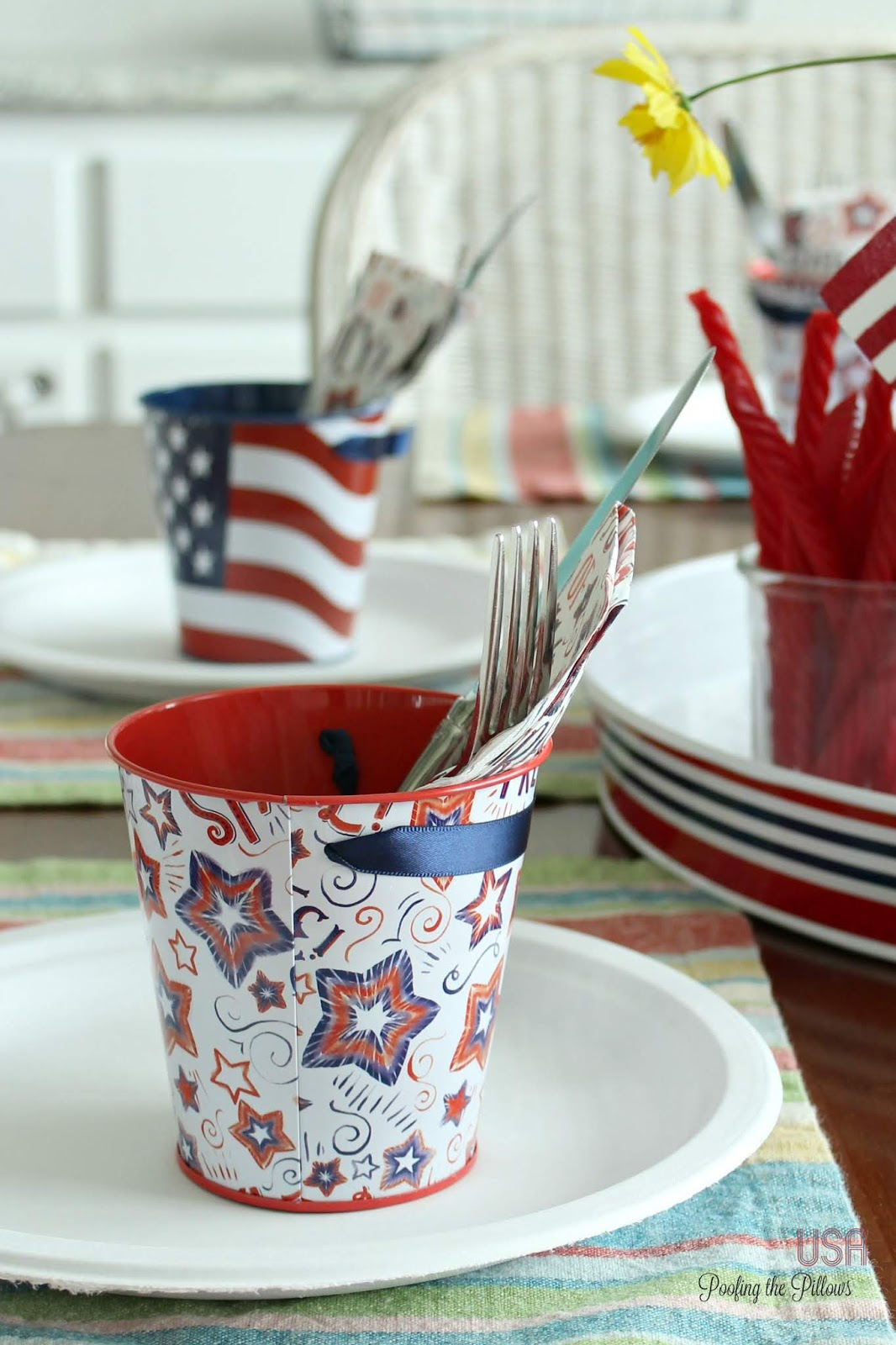 patriotic tablescape with a fun and easy cookie recipe that everyone will love