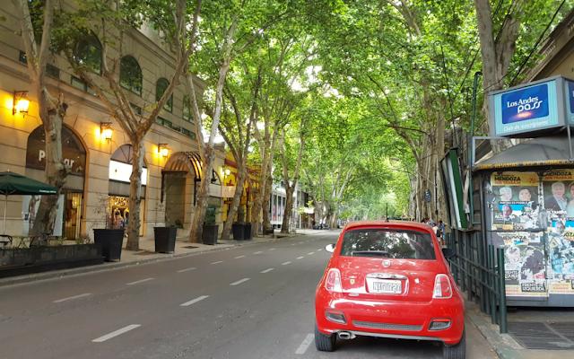 Andar de carro em Mendoza na Argentina