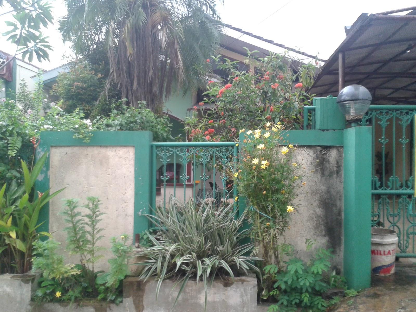 bagian depan pagar rumah dijual