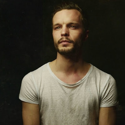"THE TALLEST MAN ON EARTH ""Time of the Blue"""