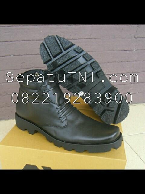 Sepatu PDH kulit doff sol radial merk AWL