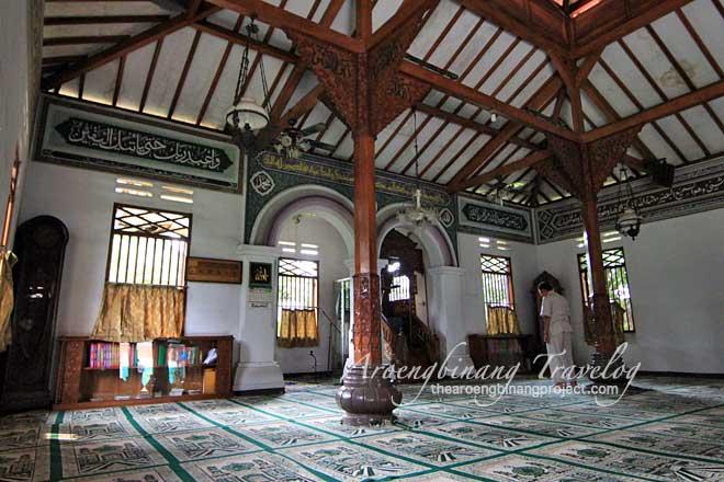 hidayatullah mosque jakarta