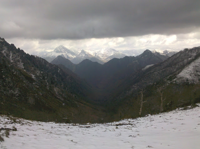 Valle que se abre en el descenso
