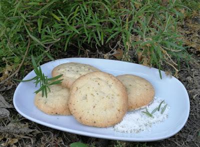 Mürbe Rosmarin-Kekse