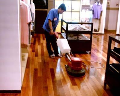 Cách nhận biết và khắc phục sàn gỗ bị ngâm nước tốt nhất hiện nay