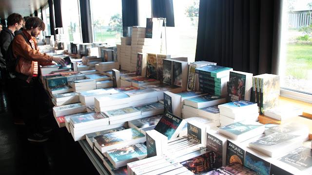 utopiales-nantes-2016-librairie