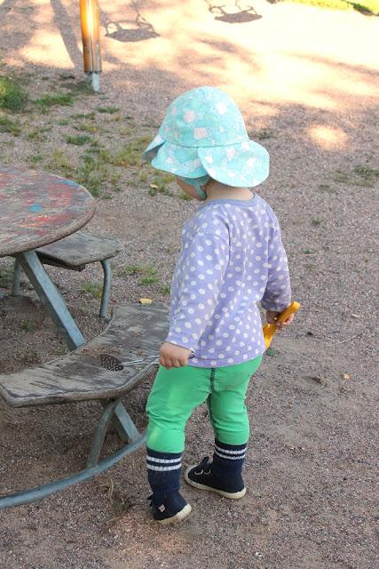 hattu, lierihattu, lastenvaatteet