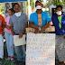 Campesinos se encadenan en zona minera de Cotuí