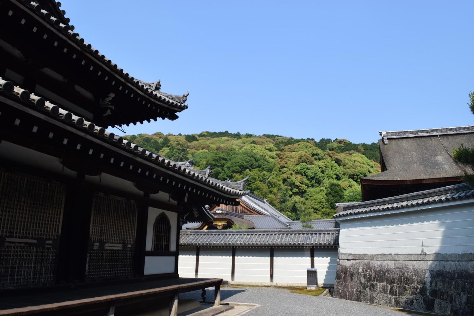 Japanese temple Sennyuji
