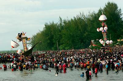 Contoh Tradisi Islam Nusantara