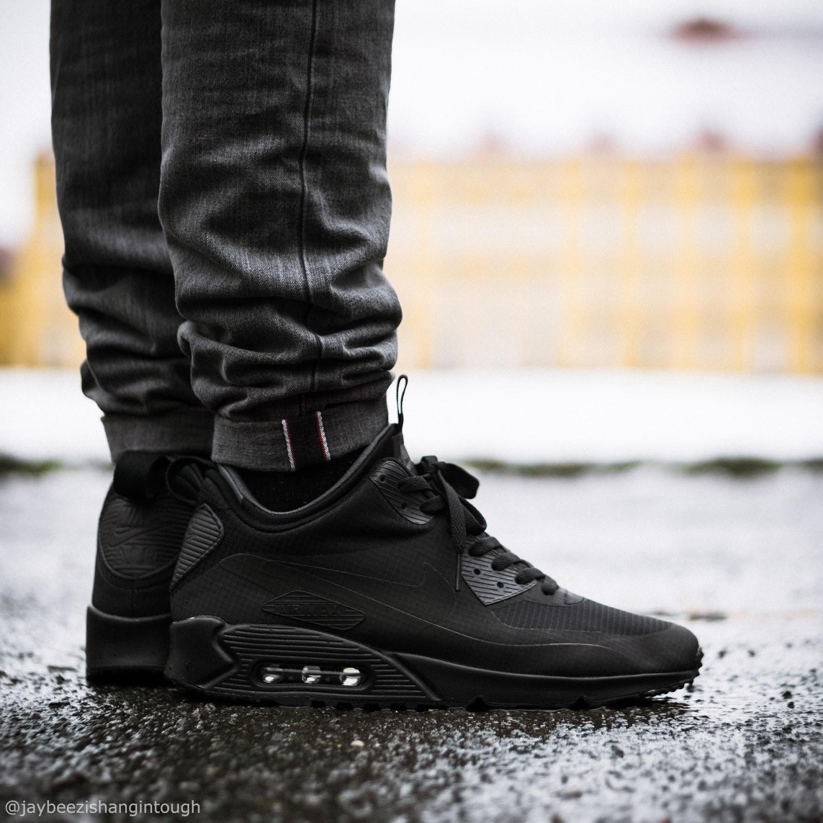 separation shoes 186d8 c9756 ... hoodie  Supreme x Hanes tagless tee  APC petit standard   RaisedByWolves toque beanie  TheNorthFace etip gloves  Nike air max 90  mid wntr