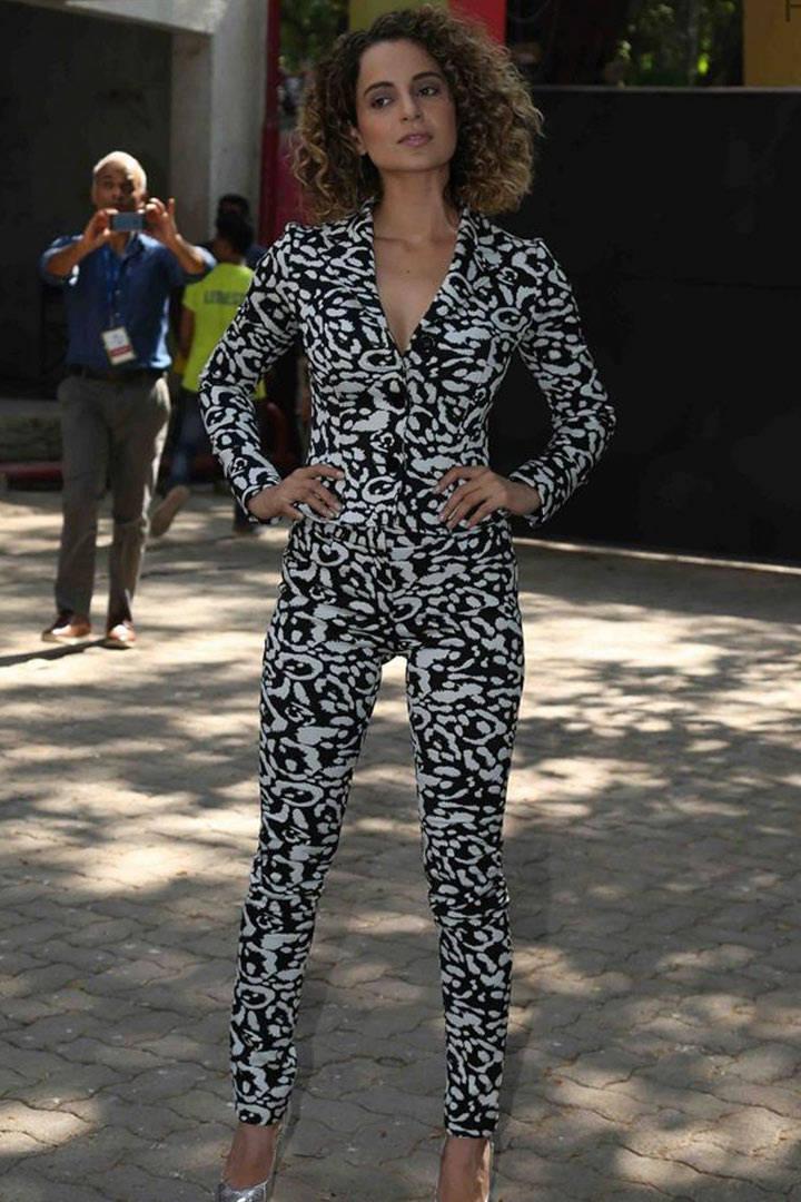Tv Actress Kangana Ranaut Stills In Black Dress