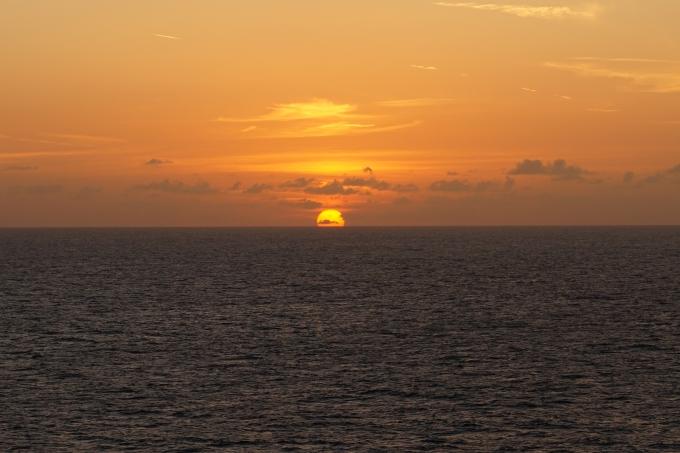 Karibian risteily, auringonlasku merellä