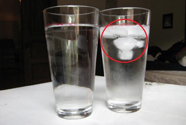 Harus Coba ! Cukup dengan Menggunakan Air Putih Saja Kita Sudah Bisa Mendeteksi Aura Negatif di Dalam Rumah!!