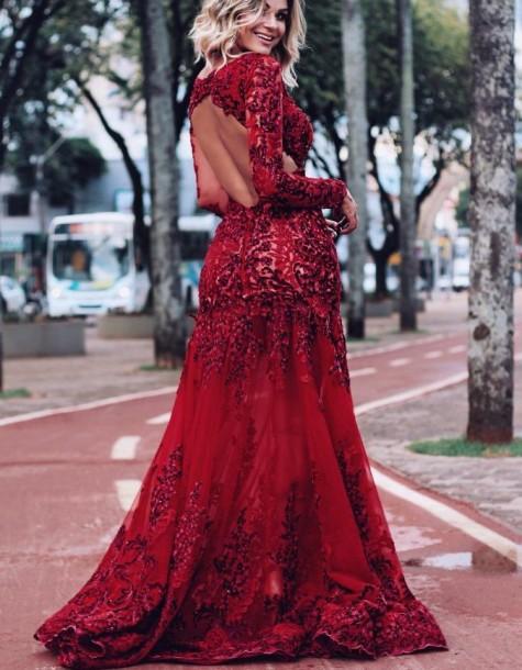 vestido de formatura manga longa vermelho