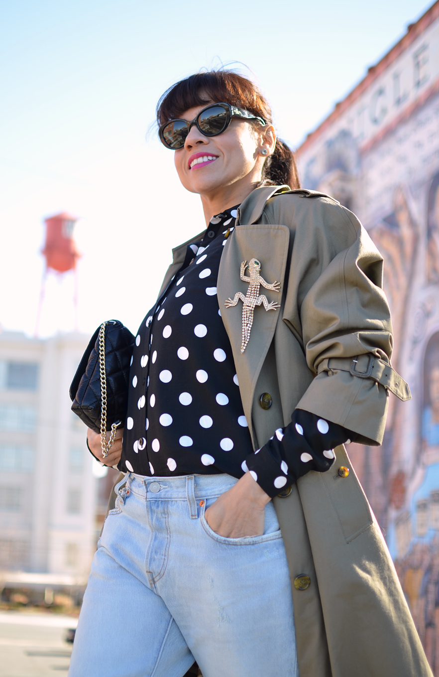 Trench coat street style
