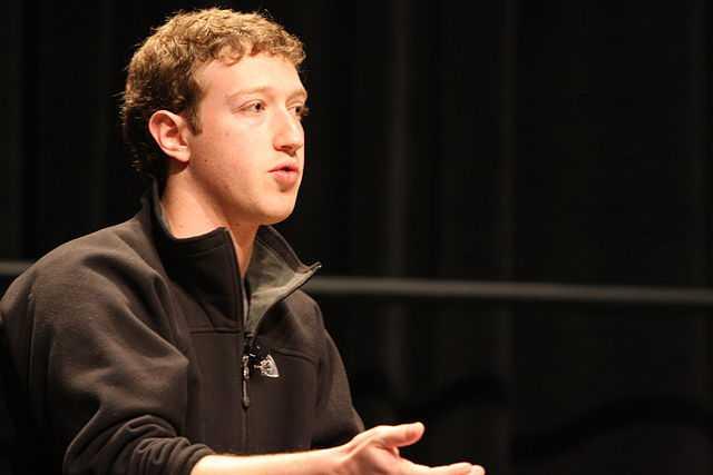 mark-zuckerberg-biography-قصة-حياة-مارك-زوكربيرج