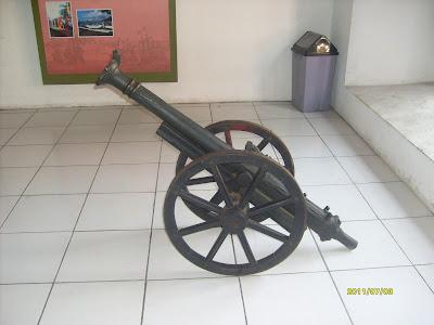 Meriam di Museum Bahari Jakarta