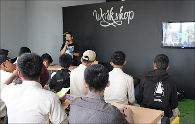 Workshop AXIS Pop-Up Station Bandung