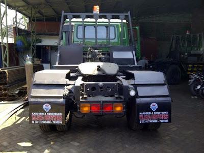 truk trailer hino