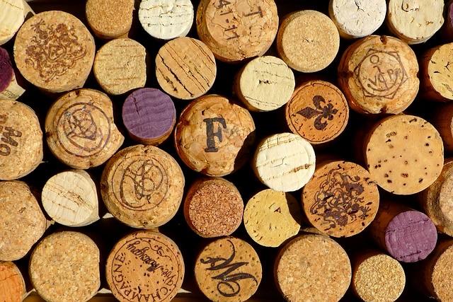 Collection de bouchons de liège vin et champagne - Lavinia - Blog