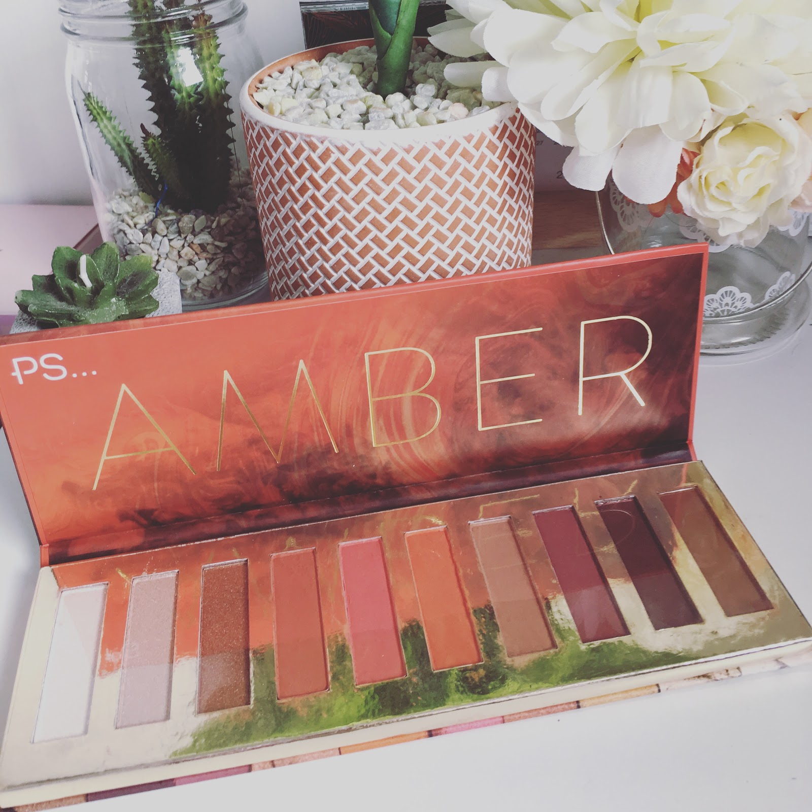 Beauty Products Primark: PRIMARK PS BEAUTY AMBER PALETTE FIRST IMPRESSIONS