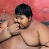 Incroyable: ce petit garçon a dix ans et pèse déjà 192 kg (Photos)