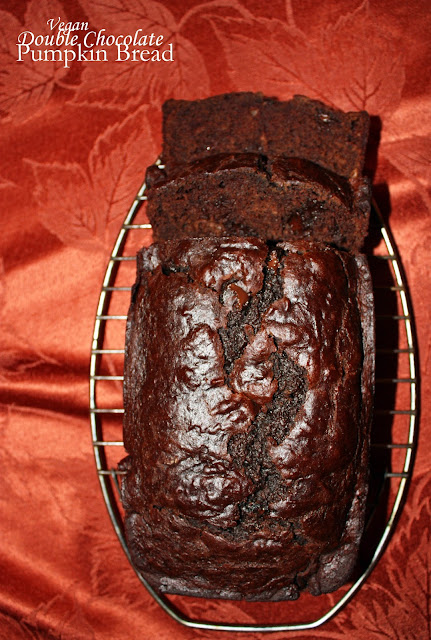 vegan double chocolate pumpkin bread