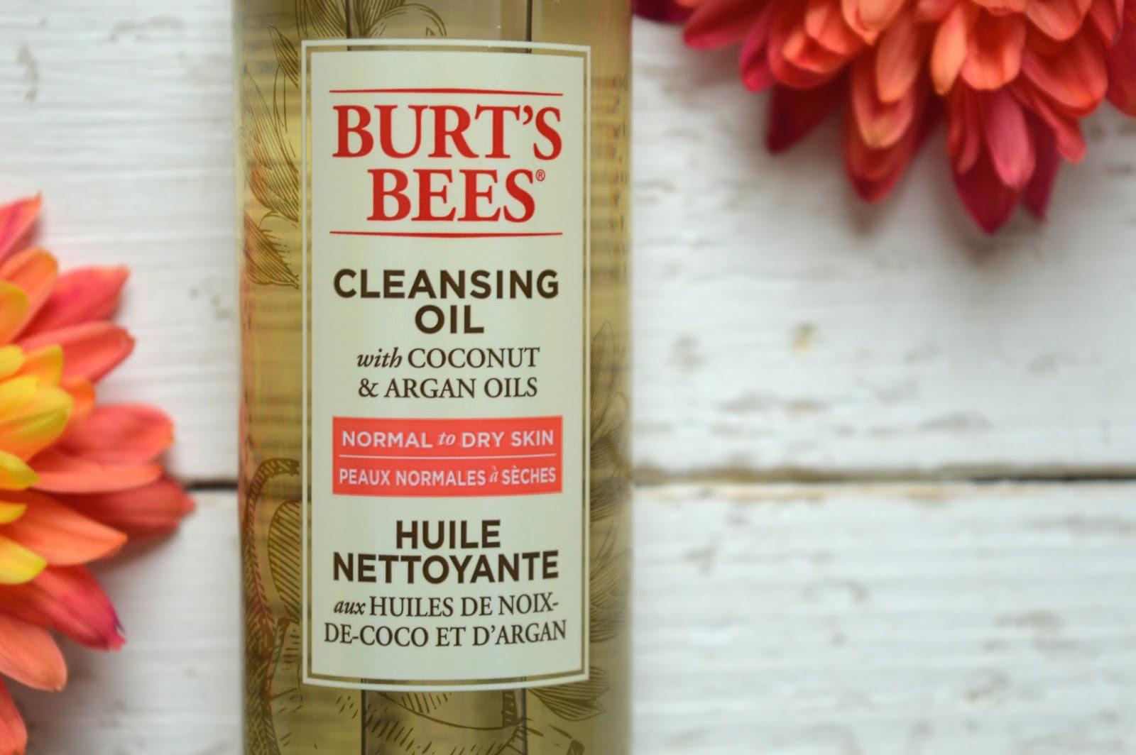 Burt's Bees Cleansing Oil Review, beauty bloggers, UK beauty blog, Hampshire bloggers, Dalry Rose Blog