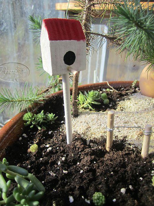 Manualidades puri diaz casita de jardin para pajaros en for Casitas con jardin