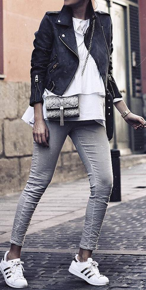 cute spring outfit idea: leather jacket + top + skinnies