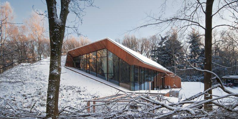 Casa en la monta a de denieuwegeneratie revista for Arquitectura holandesa